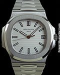 PATEK PHILIPPE 5711/1A JUMBO NAUTILUS WHITE DIAL STEEL NEW BOX & 2017 PAPERS